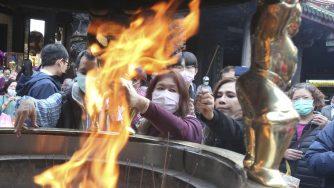 Taiwan in preghiera durante il Covid-19 (LaPresse)