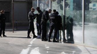 Francia polizia Parigi (La Presse)
