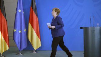 Coronavirus, Angela Merkel in conferenza stampa (La Presse)