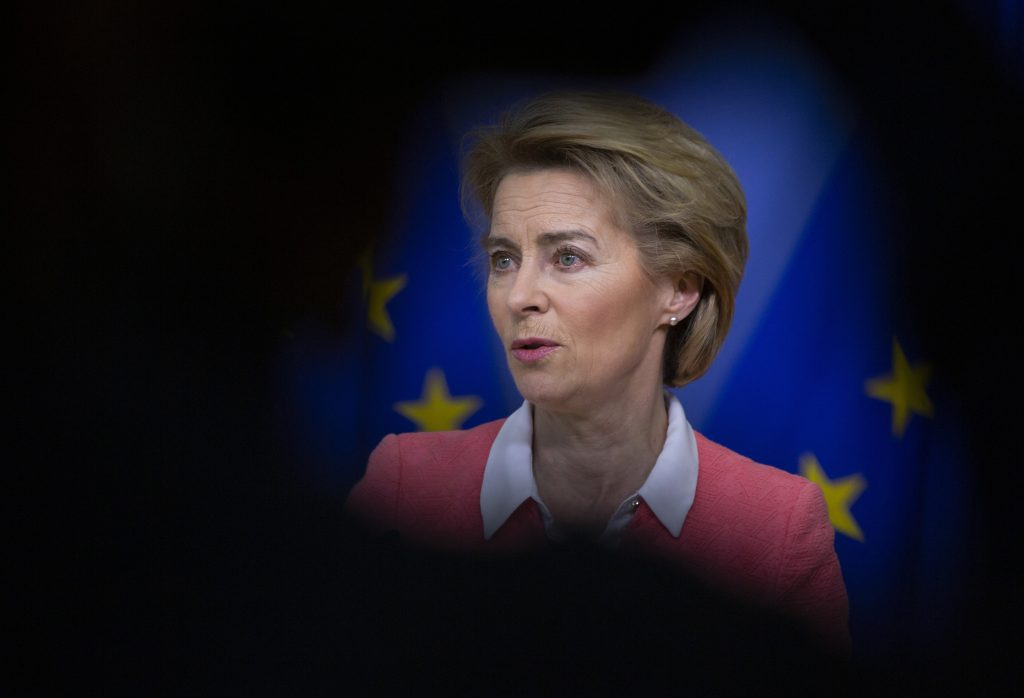 Dopo mesi di difficoltà, Ursula Von der Leyen è riuscita a creare una commissione Ue che ora dovrà affrontare molte sfide, tra cui quella legata ai danni economici provocati dal coronavirus