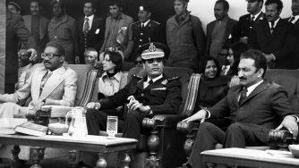 Nella foto Lopo di Nascimente (premier angolano) con Muammar Gheddafi e Bulent Ecevit (politico turco)