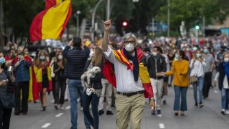 Coronavirus Spagna, proteste a Madrid (La Presse)