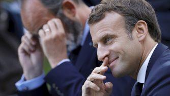 Clima, Emmanuel Macron e Edouard Philippe arrivano all'Eliseo