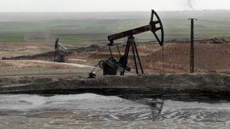 Siria, campo di petrolio (La Presse)