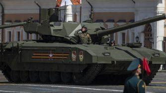 Carro armato russo (La Presse)