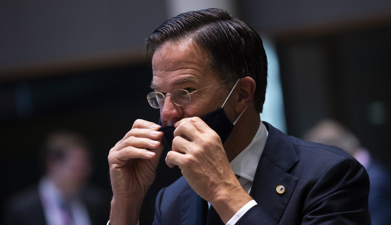 La pandemia può travolgere l'esecutivo di Mark Rutte
