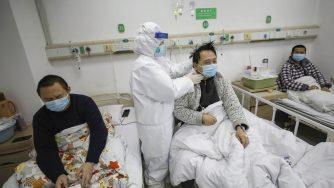 Virus, ospedale in Cina (LaPresse)