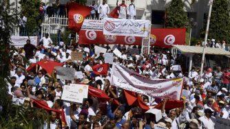 Tunisia, proteste contro il governo (La Presse)