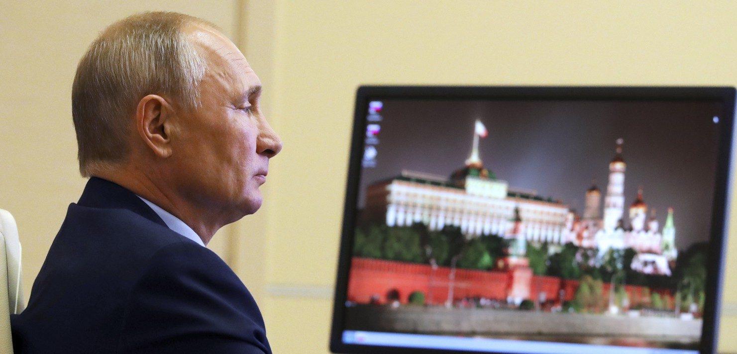 Putin ha vinto la sua battaglia: approvato il referendum