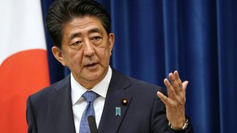 Shinzo Abe si dimette (Getty)