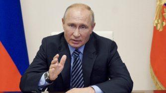 """Coronavirus, Vladimir Putin annuncia """"Russia primo Paese a registrare il vaccino"""""""