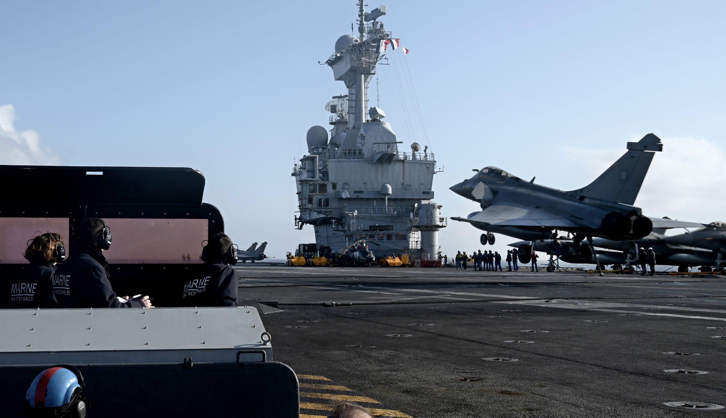 La Francia invia le navi: la Turchia infiamma il Mediterraneo