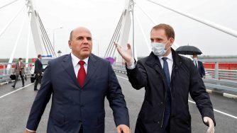 Mikhail Mishustin e Alexander Kozlov (La Presse)