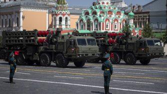 Sistema missilistico S-350 (La Presse)