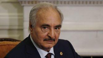Il generale libico Khalifa Haftar (La Presse)