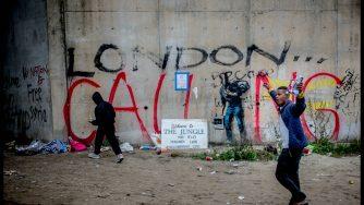 Immigrazione a Calais (LaPresse)