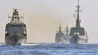 Navi di Francia, Grecia, Cipro e Italia nel Mediterraneo (La Presse)