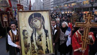 Proteste Chiesa ortodossa in Serbia (La Presse)