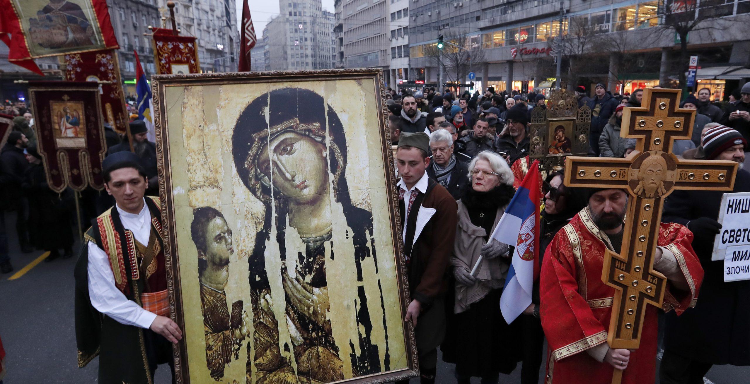 Lo scisma ortodosso rischia di travolgere la Serbia