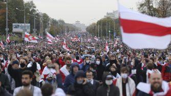 Bielorussia, continuano le proteste e gli scontri a Minsk (La Presse)