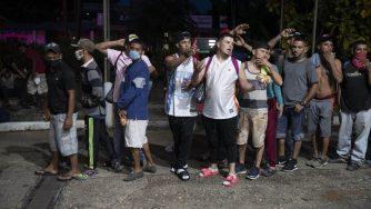Honduras partita la prima carovana di migranti dall'inizio della pandemia (La Presse)