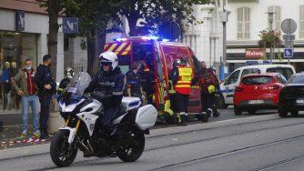 Francia, polizia dopo attacco in una chiesa a Nizza (La Presse)