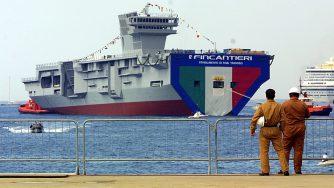 Varo della portaerei Cavour (La Presse)