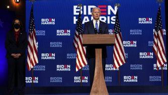 Biden sul palco (La Presse)