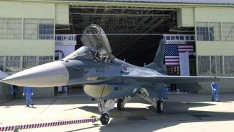 Japan Air Self-Defense Forces F-2 jet, Giappone (La Presse)