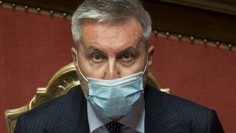 Lorenzo Guerini in Senato (La Presse)