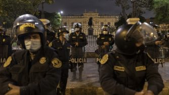Perù, caos e nomina Francisco Sagasti (Getty)