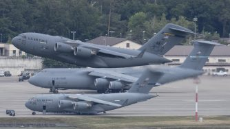 Germania, truppe Usa aerei (La Presse)