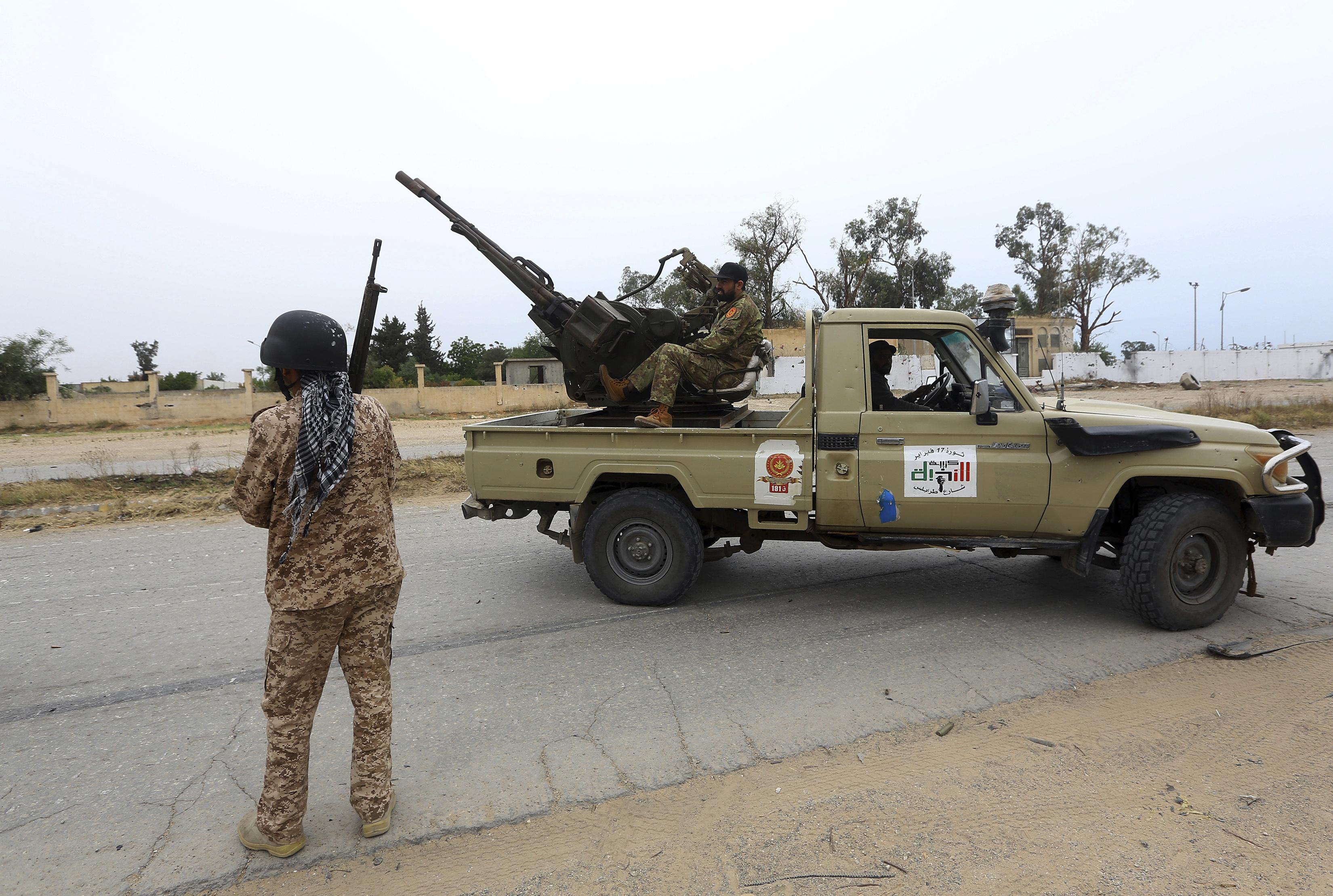 L'Italia prova a stringere sulla Libia: vertici della Difesa