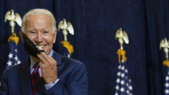 Joe Biden bandiere Usa (La Presse)