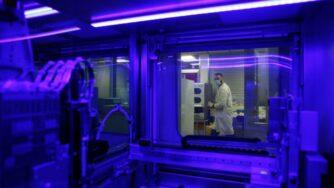 Laboratorio covid Francia (La Presse)