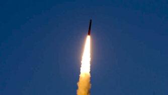 Esercitazioni militari in Russia con lancio di missile (La Presse)