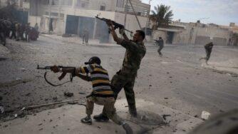 Libia Sirte miliziani (La Presse)