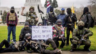Manifestanti armati milizie Usa (La Presse)