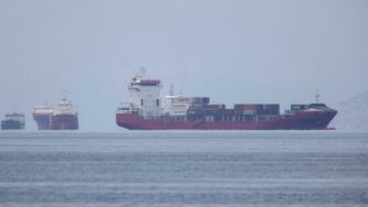 nave cargo Pireo (La Presse)