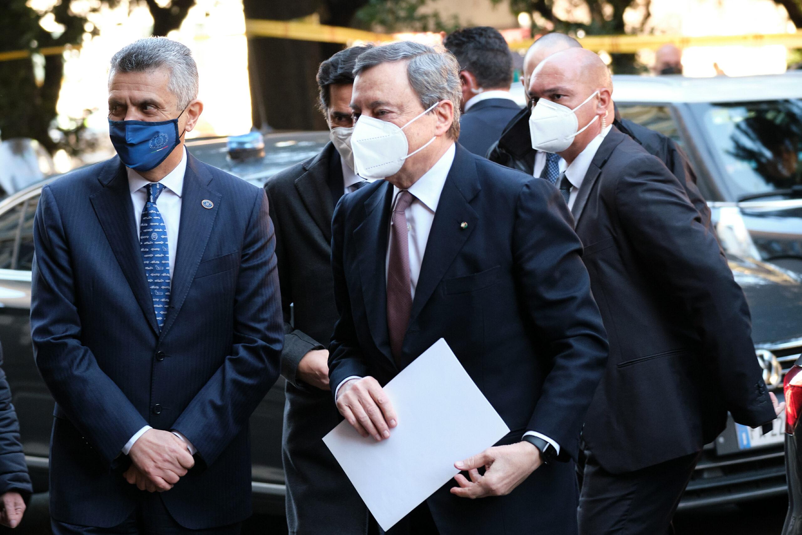 """Tutti gli uomini di Draghi: così rafforza il suo """"partito"""" tra Bankitalia e Tesoro"""