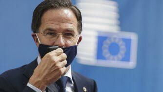 Mark Rutte mascherina (La Presse)