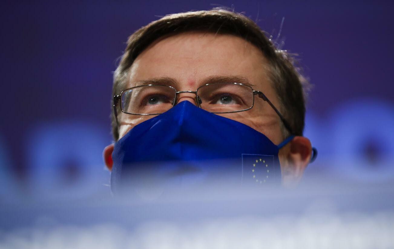 I falchi mettono in guardia l'Europa: allarme anche per l'Italia