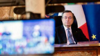 Mario Draghi in videoconferenza Consiglio Ue (La Presse)