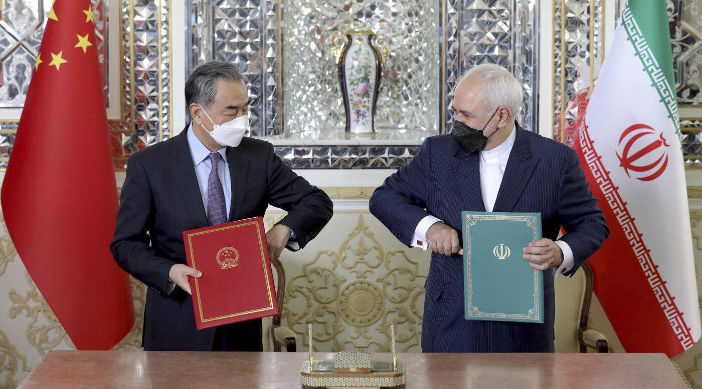 Cina e Iran firmano patto di cooperazione per 25 anni (La Presse)
