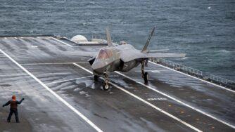 F-35B su portaerei Cavour (fonte Marina Militare Italiana)