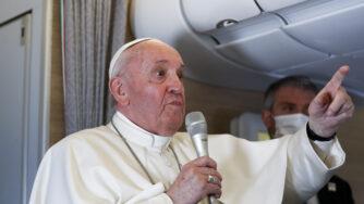 papa unioni omosessuali