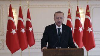 Recep Tayyip Erdogan bandiere Turchia (La Presse)