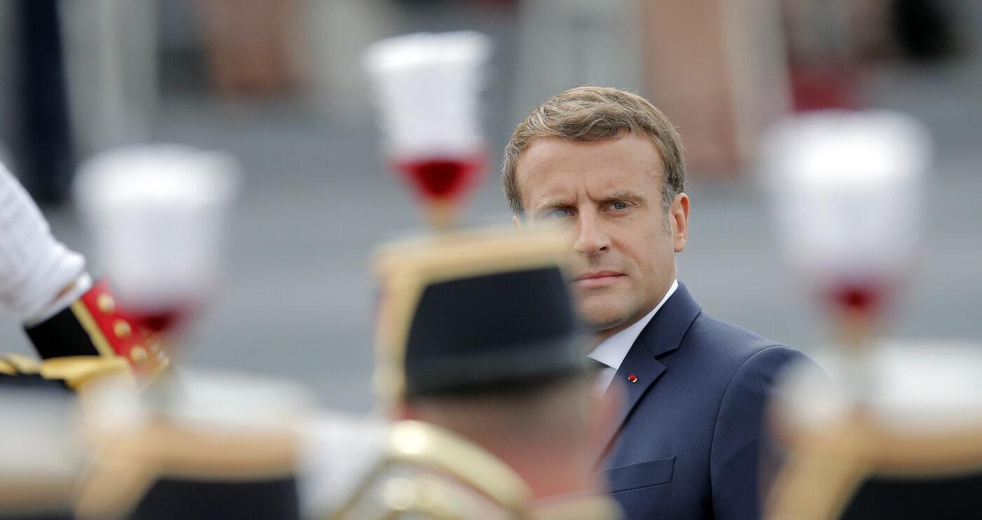 Emmanuel Macron celebra la presa della Bastiglia (La Presse)