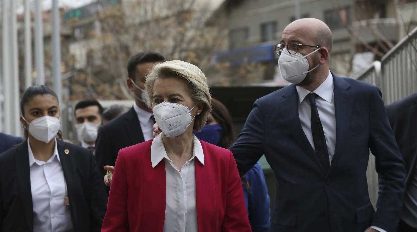 Michel e von der Leyen ad Ankara (la Presse)