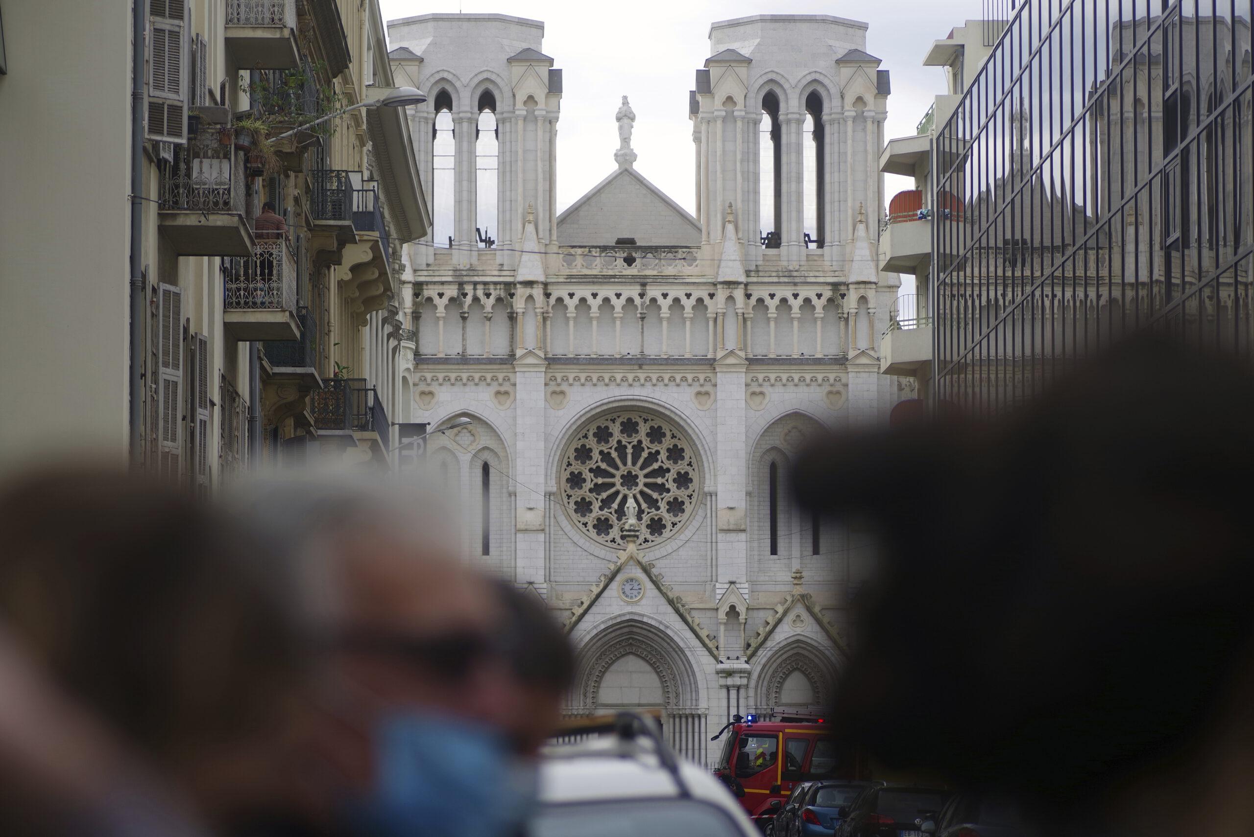Francia, il futuro sarà senza chiese e campanili